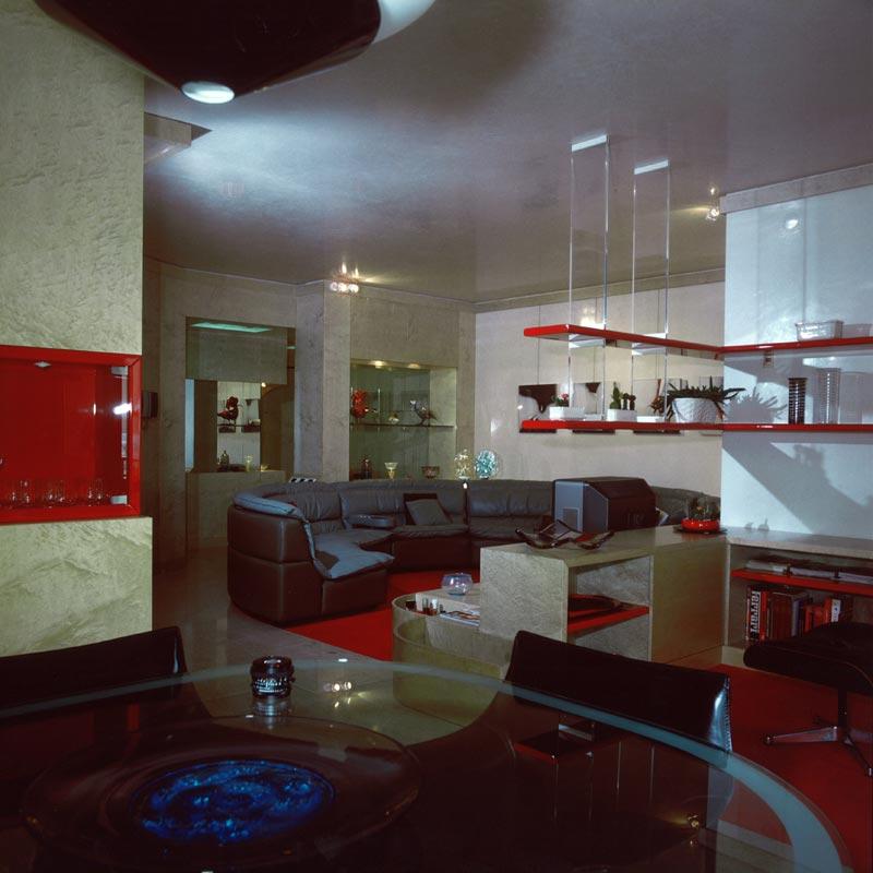 Interni casa anni 39 80 for Case anni 80 ristrutturate