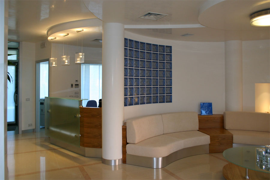 Illuminazione sala dattesa una collezione di idee per for Arredamento studio odontoiatrico
